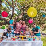 família festa colorida